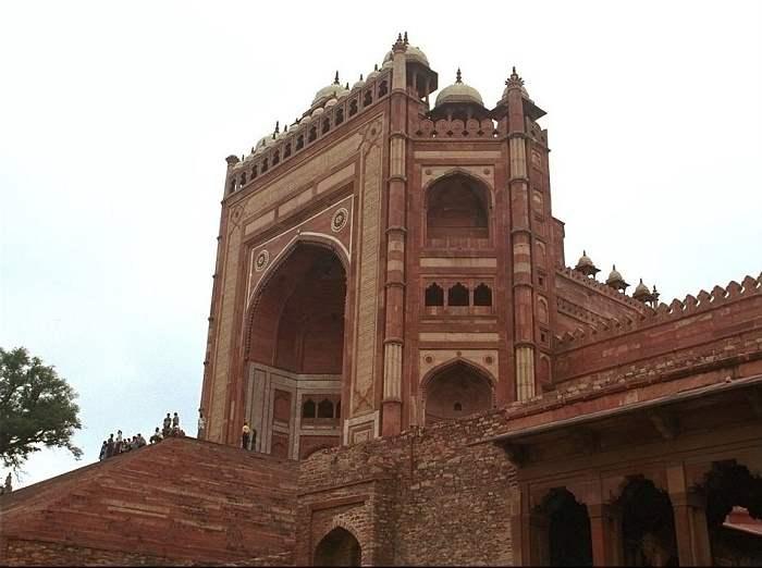 Buland Darwaza Fatehpur Sikri History Facts