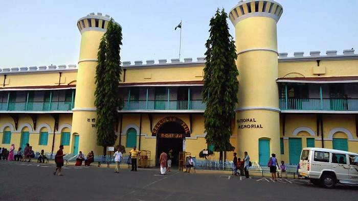 cellular jail Cellular jail andaman history, pictures and information for travellers visiting andaman islands.