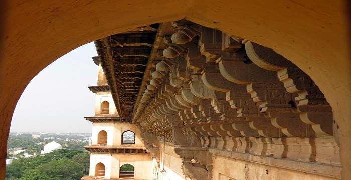 Gol Gumbaz Bijapur – History, Architecture, Facts, Visit