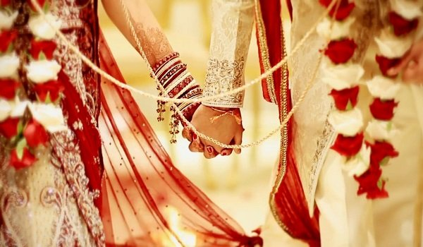Traditional hindu wedding rituals ceremony significance facts hindu wedding junglespirit Images