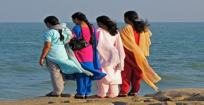 Traditional Indian Clothing & Ethnic Wear