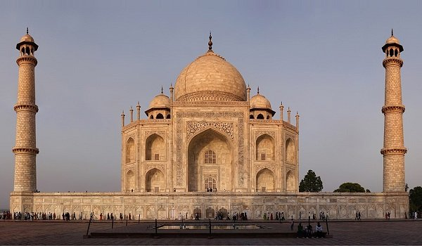 Indo-Islamic & Mughal Architecture - Evolution, Features, Styles