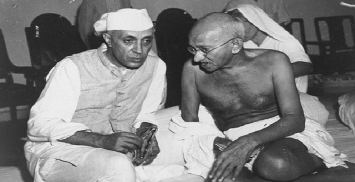 jawaharlal nehru leadership qualities An influential leader in the indian independence movement and political heir of mahatma gandhi, jawaharlal nehru became the nation's first prime minister in 1947.