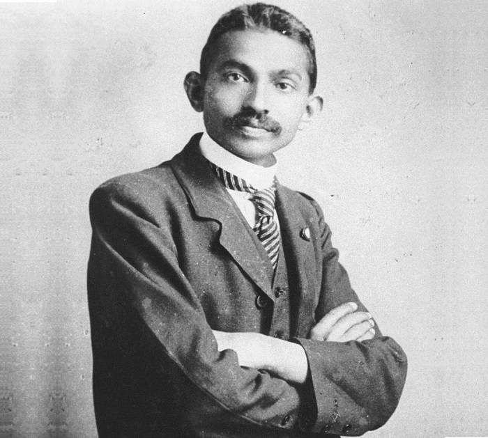 mahatma biography