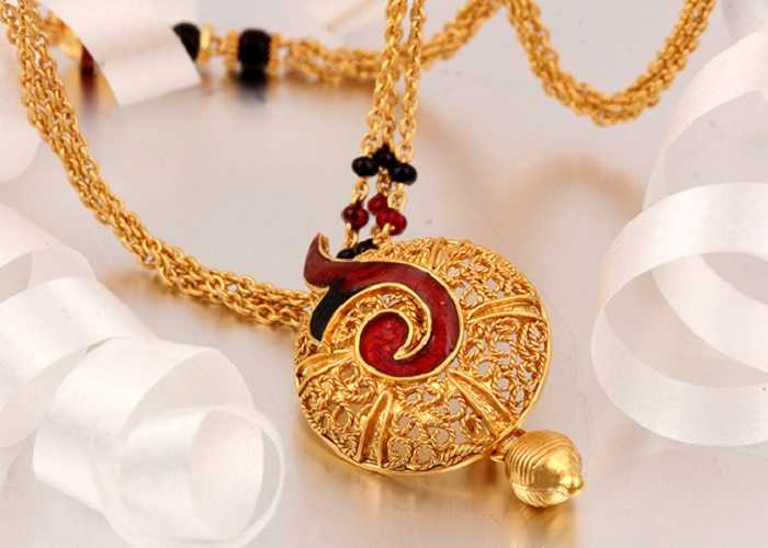 What is Mangalsutra Necklace - Significance, Designs & Patterns