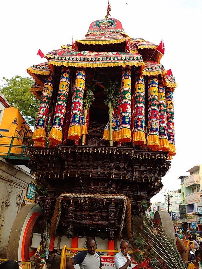 Meenakshi Amman Temple Madurai - History, Architecture, Timings