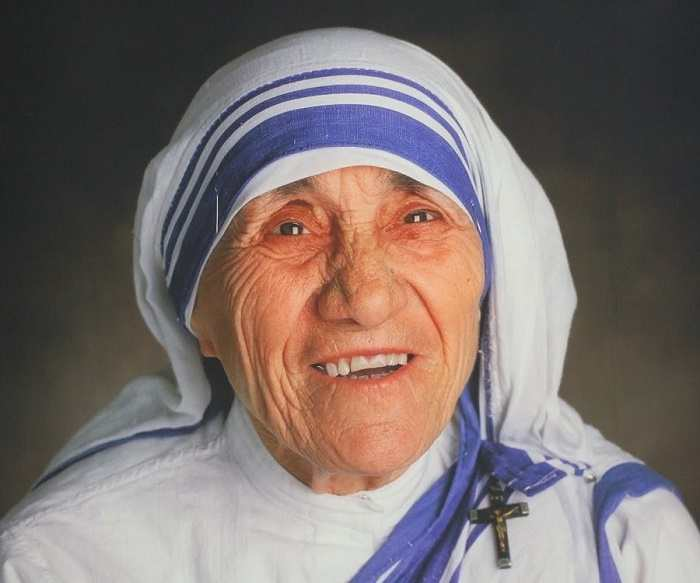 essay on social worker mother teresa