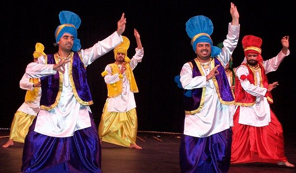 Traditional Folk Dances of India - Regional & State Wise