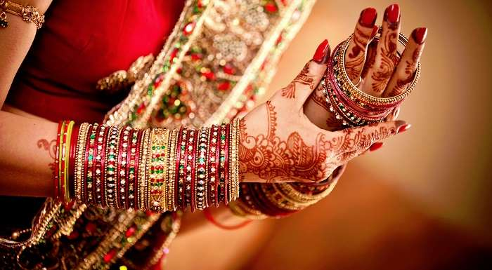 One of the crucial adornments in the 16 shringar ritual of Hindu marriage, Metals in the bangles carry many health benefits.
