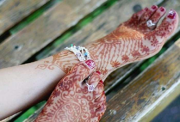 Toe rings helps in easing menstrual pain.