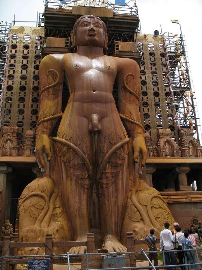 Statue of Gommateshwara (Bahubali) Sravanbelagola - History