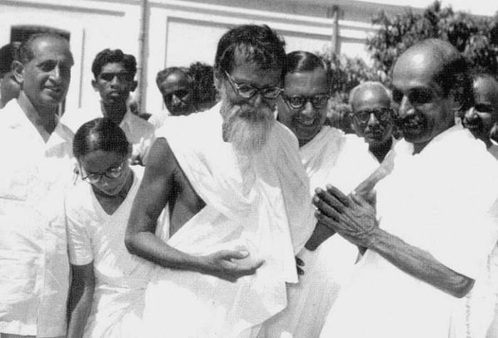 the history of the bhoodan gramdan movement history essay Gram swaraj, satyagraha and bhoodana gram swaraj gram swaraj,  gandhiji's gram swaraj was not the  the bhoodan-gramdan movement initiated inspired by vinoba.