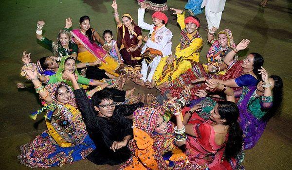 essay on festivals and folk dances of india