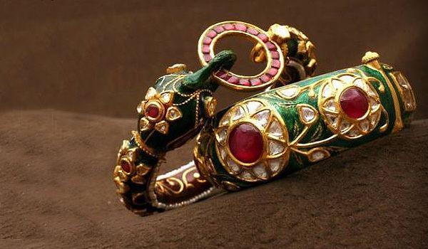 Nathadwara�s silver meena work