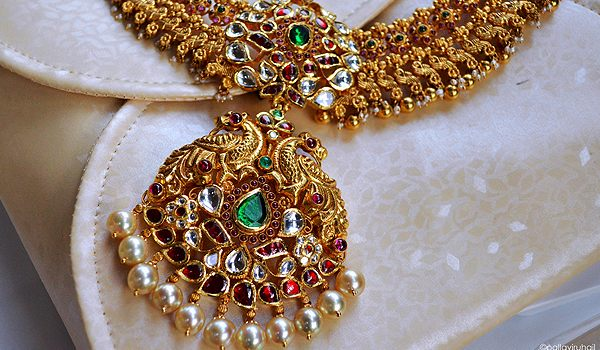 Materials Used to Make Indian Antique Jewelry