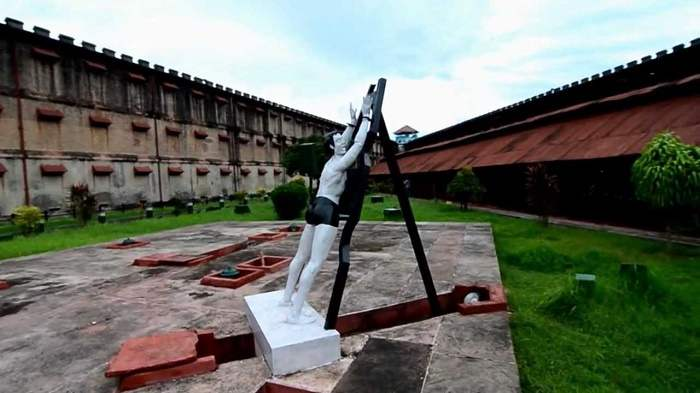 Visiting the Cellular Jail