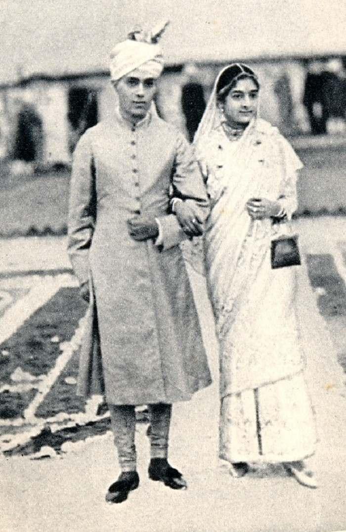 jawaharlal nehru introduction in hindi